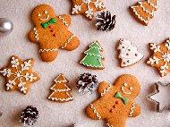 Американски коледни бисквити / сладки джинджифилови човечета с мед и канела и декорация с айсинг
